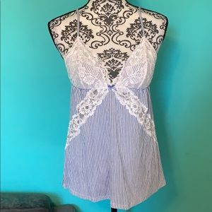 Victoria's Secret Stretch Lace Lingerie Top L
